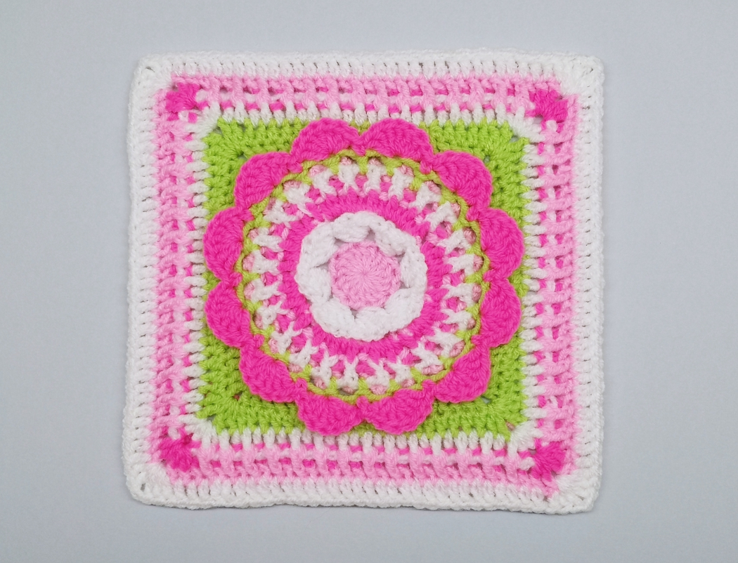 Read more about the article Floral afghan block /  Crochet Motif #15