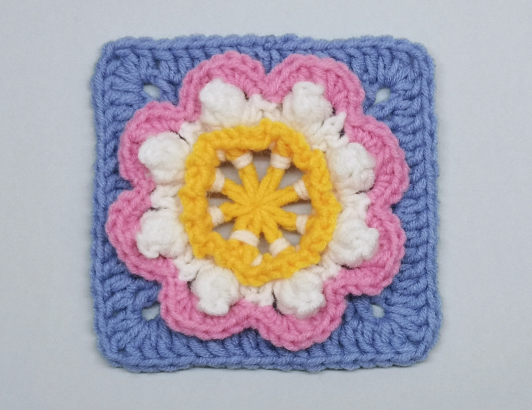 Read more about the article Crochet granny square with 3D flower pattern / Crochet Motif #78